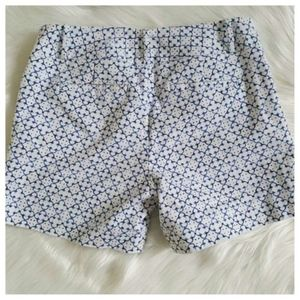 The Limited Geometric Print Shorts White and Blue
